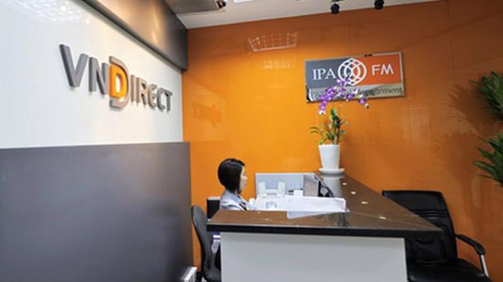 Nhiều lãnh đạo VNDirect đồng loạt đăng ký mua cổ phiếu.