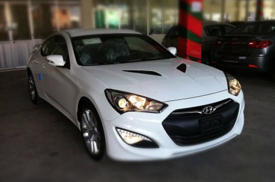 Hyundai Genesis Coupe 2013 tại Việt Nam mang động cơ dung tích 2.0 lít, công suất 260 mã lực - Ảnh: Cường Vũ.