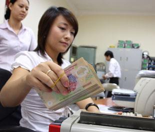 Tăng lãi suất tiền gửi dự trữ bắt buộc được xem là biện pháp hữu hiệu trong việc nới lỏng chính sách tiền tệ một cách kỹ thuật - Ảnh: Việt Tuấn.