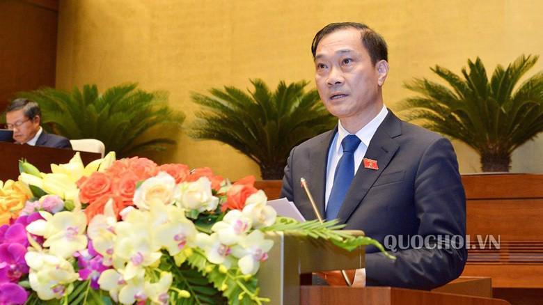 Chủ nhiệm Uỷ ban Kinh tế Vũ Hồng Thanh trình bày kết quả giám sát