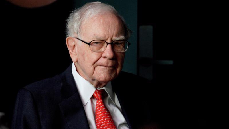 """Tỷ phú Warren Buffett có quan điểm """"nói không"""" với đấu giá cổ phần - Ảnh: Getty Images."""