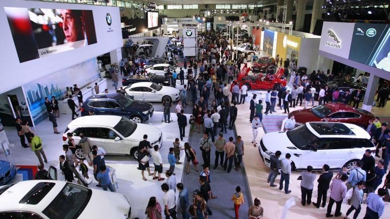Lần đầu tiên thị trường ôtô Việt Nam vượt ngưỡng 400.000 xe tiêu thụ