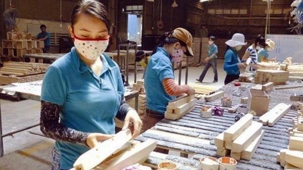 Có 2/10 thị trường lớn nhập khẩu đồ gỗ của Việt Nam có sự suy giảm là Anh và Đức.