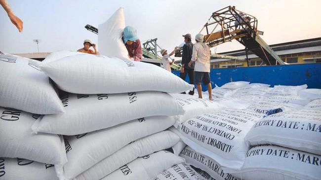 Kim ngạch xuất khẩu ngành hàng rau quả đạt 3,45 tỷ USD, tăng 40,5%, bỏ xa kim ngạch xuất khẩu gạo khoảng 2,6 tỷ USD.