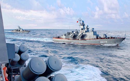 Một biên đội tàu hải quân Việt Nam.<br>