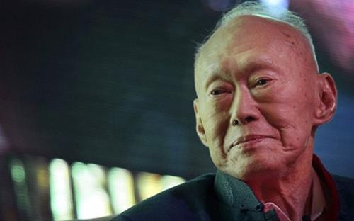 Ông Lý Quang Diệu từ trần lúc 3h18 ngày 23/3/2015, hưởng thọ 91 tuổi. Ông là người có công đưa đất nước Singapore phát triển từ một làng chài nhỏ trở thành một quốc gia giàu có bậc nhất ở châu Á chỉ trong vòng có 3 thập kỷ.