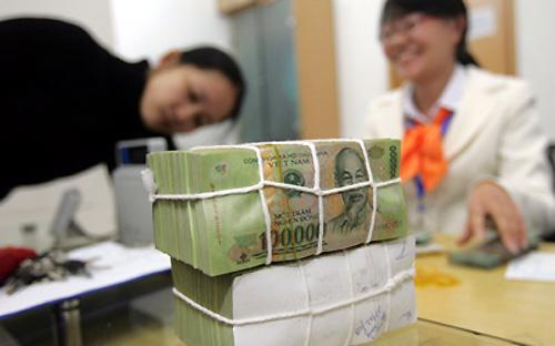 Theo điều 90 của Bộ luật Lao động, mức tiền lương tối thiểu là mức tiền lương thấp nhất của chủ lao động trả cho người lao động theo quy định của Chính phủ.