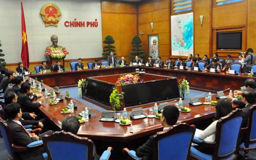Một cuộc gặp gỡ của Thủ tướng với các đại diện doanh nghiệp đạt danh hiệu Sao Vàng đất Việt, nhân Ngày Doanh nhân Việt Nam (13/10).<br>