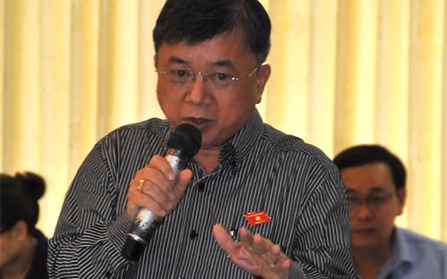 Đại biểu - luật sư Trương Trọng Nghĩa đề nghị phải có lời giải thích với cử tri khi dự án Luật Biểu tình tiếp tục xin lùi - Ảnh: Minh Thúy.<br>