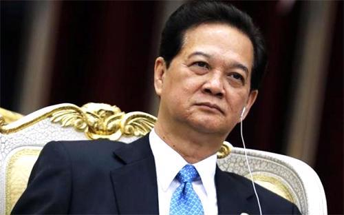 """Thủ tướng Nguyễn Tấn Dũng: """"Có lẽ như tất cả các nước, Việt Nam chúng tôi đang cân nhắc các phương  án để bảo vệ mình, kể cả phương án đấu tranh pháp lý, theo luật pháp  quốc tế""""."""