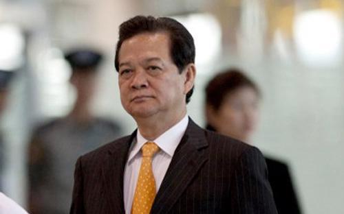 Người đứng đầu Chính phủ nêu rõ, việc Trung Quốc việc cải tạo, xây dựng công trình phá vỡ nguyên trạng tại một số đảo, đá trong quần đảo Trường Sa thuộc chủ quyền của Việt Nam là vi phạm điều 5 của DOC mà Trung Quốc là một bên tham gia ký kết.
