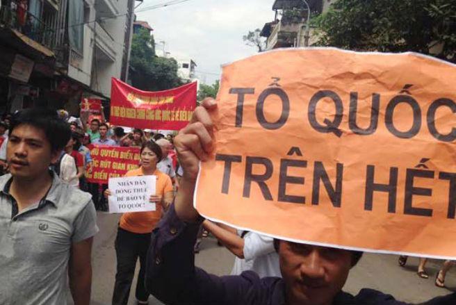 Hôm 11/5 vừa qua, hàng nghìn người dân ở ba miền đất nước đã xuống đường phản đối Trung Quốc xâm phạm chủ quyền.