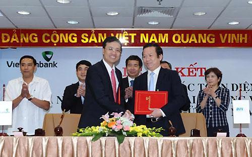 Lễ ký thỏa thuận hợp tác toàn diện giữa Vietcombank với DIV.<br>