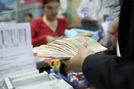 """Cũng bởi không dùng tiền ngân sách, nên sự ra đời của VAMC được coi là """"sáng kiến"""" riêng có của Việt Nam."""
