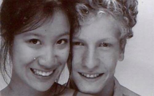 Chàng thanh niên Hadrien Wattrelos và bạn gái Zhao Yan (quốc tịch Pháp), hai hành khách có mặt trên chuyến bay MH370.<br>