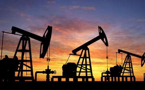 Giá dầu đã tăng hơn 40% kể từ cuối tháng 3 đến nay trong bối cảnh thị trường kỳ vọng về sự cân băng cung-cầu sẽ sớm trở lại.