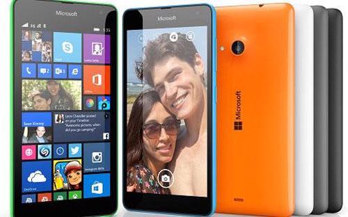 Chiếc Lumia 535 của Microsoft sở hữu màn hình 5 inch và camera 5 megapixel - Ảnh: Microsoft/CNBC.<br>