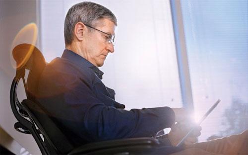 CEO Tim Cook của Apple - Ảnh: Business&nbsp; Week.<br>