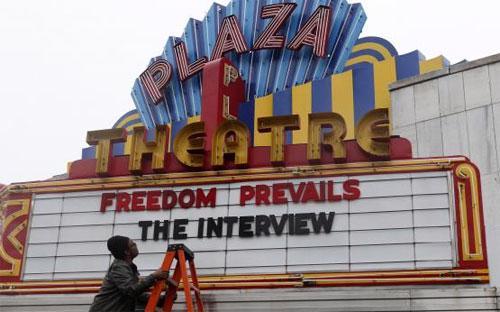 """Rạp Plaza ở Atlanta sẽ là một trong những rạp khởi chiếu """"The Interview"""" tại Mỹ trong ngày Giáng sinh - Ảnh: Reuters.<br>"""