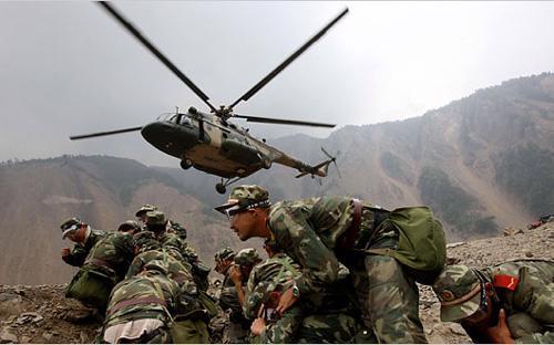 Trung Quốc đã nhiều năm liền tăng chi tiêu quốc phòng hai con số - Ảnh: Nytimes.<br>