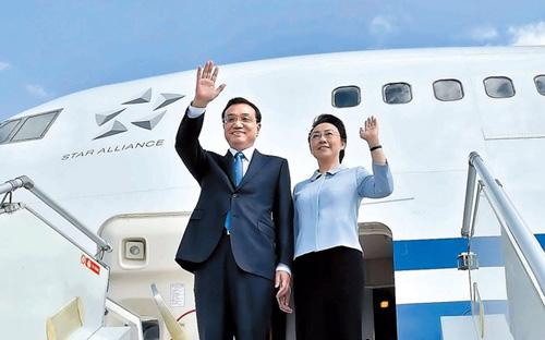 Vợ chồng Thủ tướng Trung Quốc Lý Khắc Cường - Ảnh: Beijing News.<br>