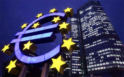 Nếu không tính tới vấn đề quan hệ với Nga, tăng trưởng kinh tế của khối  EU được dự báo sẽ đạt 1,6% trong năm nay và 2% trong năm tới, so với mức  tăng 0,1% đạt được trong năm 2013 - Ảnh: Telegraph.<br>