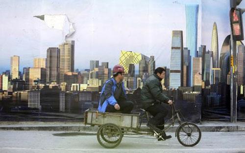 Tính chung cả năm 2014, GDP Trung Quốc đạt mức tăng 7,4%, không đạt mục tiêu 7,5% mà Chính phủ nước này đề ra - Ảnh: Reuters.<br>