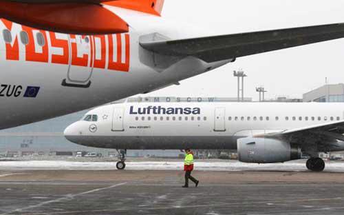 Nga có thể áp đặt hạn chế hoặc một lệnh cấm nhằm vào những hãng hàng không châu Âu đang khai thác các đường bay qua Siberia - Ảnh: Vedomosti.<br>