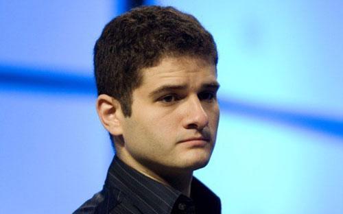 Đồng sáng lập mạng xã hội Facebook, Dustin Moskovitz, không còn là tỷ phú trẻ tuổi nhất thế giới trong danh sách của tạp chí Forbes - Ảnh: Tech.