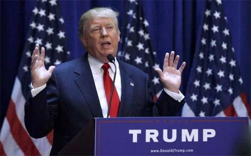 Donald Trump phát biểu tại lễ mở màn chiến dịch tranh cử tổng thống ngày 16/6 - Ảnh: Reuters.<br>