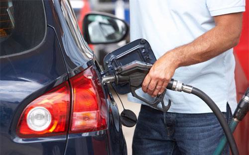 Mỹ nằm trong top những quốc gia có giá xăng rẻ nhất thế giới.<br>