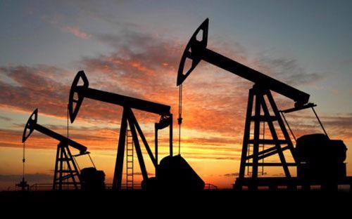 Mức đáy của giá dầu ngọt nhẹ từ đầu năm đến nay là mức 42 USD/thùng.