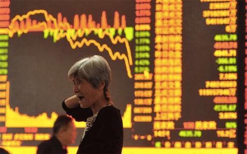 Phiên giảm ngày hôm nay là phiên thứ 6 thị trường chứng khoán Trung Quốc mất hơn 6% trong vòng 3 tháng trở lại đây.