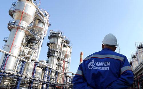 Mặc dù giá khí đốt ở châu Âu, thị trường xuất khẩu chủ đạo của Gazprom,  giảm 24% xuống còn 284,2 USD/1.000 mét khối trong quý 1, mức giá tính  bằng Rúp tăng 37%. <br>