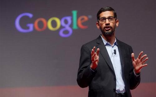 Sundar Pichai, một nhà điều hành lâu năm của Google, sẽ trở thành CEO phụ trách bộ phận Google trong Alphabet - Ảnh: Reuters.<br>
