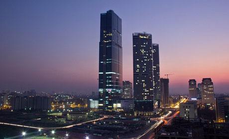 Theo tờ Korea Economic Daily, trị giá của tòa tháp cao nhất Việt Nam với 72 tầng ước tính ở mức hơn 1 tỷ USD.