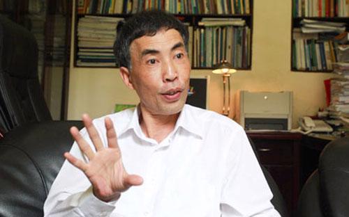 """TS Võ Trí Thành: """"Tình trạng nhập nhèm giữa chức năng, nhiệm vụ của ngân hàng đầu tư và ngân hàng thương mại ở Việt Nam hiện nay cũng là một trong những yếu tố gây nguy hại cho toàn hệ thống"""" - Ảnh: TT."""