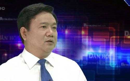 """Bộ trưởng Đinh La Thăng: """"Theo quy định của luật pháp thì Nhà nước và nhà đầu tư hoàn toàn được quyền thu 2 loại phí này"""".<br>"""