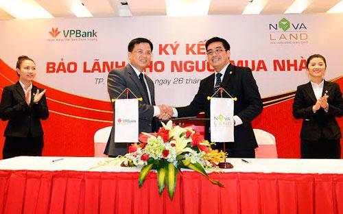 Lễ ký kết giữa và VPBank.<br>