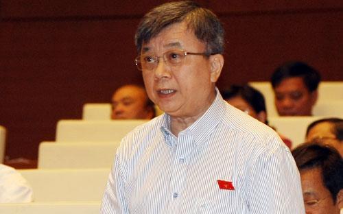 Đại biểu Trương Trọng Nghĩa góp ý hoàn thiện dự thảo Luật Tài nguyên, môi trường biển và hải đảo.