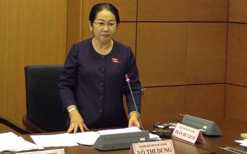Đại biểu Võ Thị Dung phát biểu tại phiên thảo luận tổ của Quốc hội, sáng 22/5.