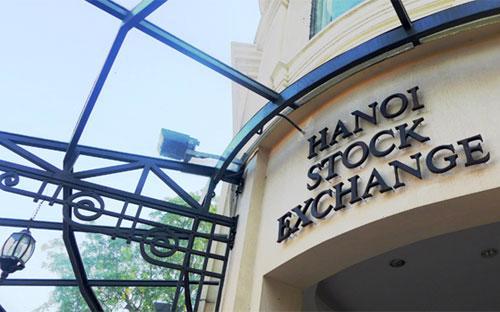 Các nhà đầu tư tham gia đấu giá mua cổ phần theo lô theo quy định tại  Quyết định này không phải thực hiện chào mua công khai theo quy định của  pháp luật về chứng khoán và thị trường chứng khoán.