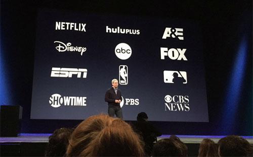 Một sự kiện của Apple với các đối tác là các hãng truyền thông lớn - Ảnh: Bloomberg.<br>