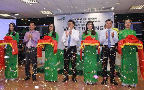 VCBS đã tổ chức lễ ra mắt hệ thống giao dịch hoàn toàn mới tại hội sở chính, Tầng 12, 198 Trần Quang Khải, quận Hoàn Kiếm - Hà Nội.