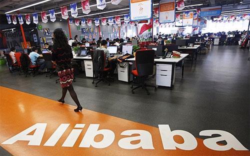 Đơn kiện đòi Alibaba phải bồi thường và đề nghị tòa ra phán quyết về việc công ty này vi phạm nhãn hiệu thương mại - Ảnh: Bloomberg.