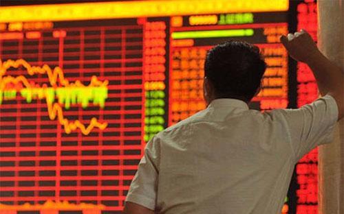 Tháng 7 vừa qua, Shanghai Composite Index giảm 14%, đánh dấu tháng giảm mạnh nhất trong gần 6 năm.