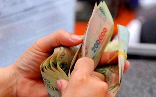 Trong quý 4/2015, Bộ Tài chính, Bộ Kế hoạch và Đầu tư và các Bộ, cơ quan  liên quan phải xây dựng khung cân đối ngân sách nhà nước giai đoạn 2016  - 2020 và các giải pháp tạo nguồn ngân sách nhà nước để cải cách tiền  lương giai đoạn này.