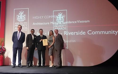 Tại Asia Pacific Property Award 2015, Công ty cổ phần Đầu tư Nam Long đã  vượt qua rất nhiều đối thủ mạnh cả ở trong và ngoài nước để giành liên  tiếp ba giải thưởng danh giá.
