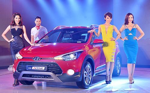 Tại thị trường Việt Nam, Hyundai i20 Active đang cùng đối thủ Ford EcoSport tạo nên cặp song mã tại phân khúc xe đa dụng đô thị.