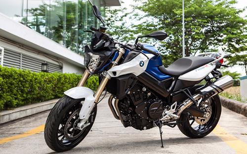 Chiếc naked-bike này có khả năng tăng tốc ấn tượng khi đạt tốc độ 0-100  km/h chỉ trong vòng 3,9 giây và tốc độ tối đa có thể đạt 200 km/h.